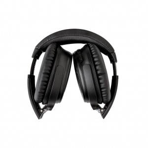 E20headphones3